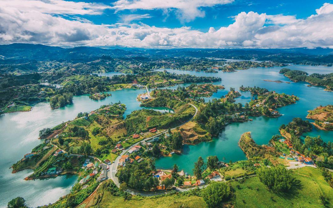 Viaje por las experiencias únicas de Colombia.