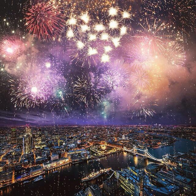 10 ciudades mágicas en la noche de fin de año.